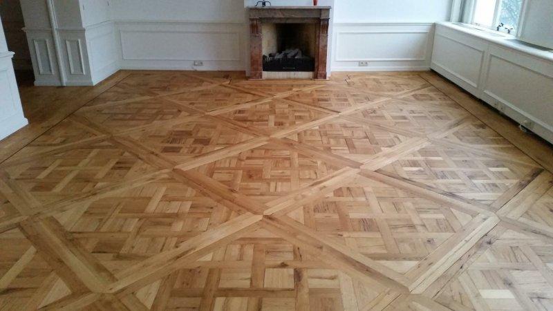 versailles Oak Panelled floor